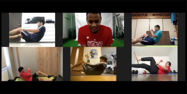 サッカー選手対象・オンライントレーニングレッスン
